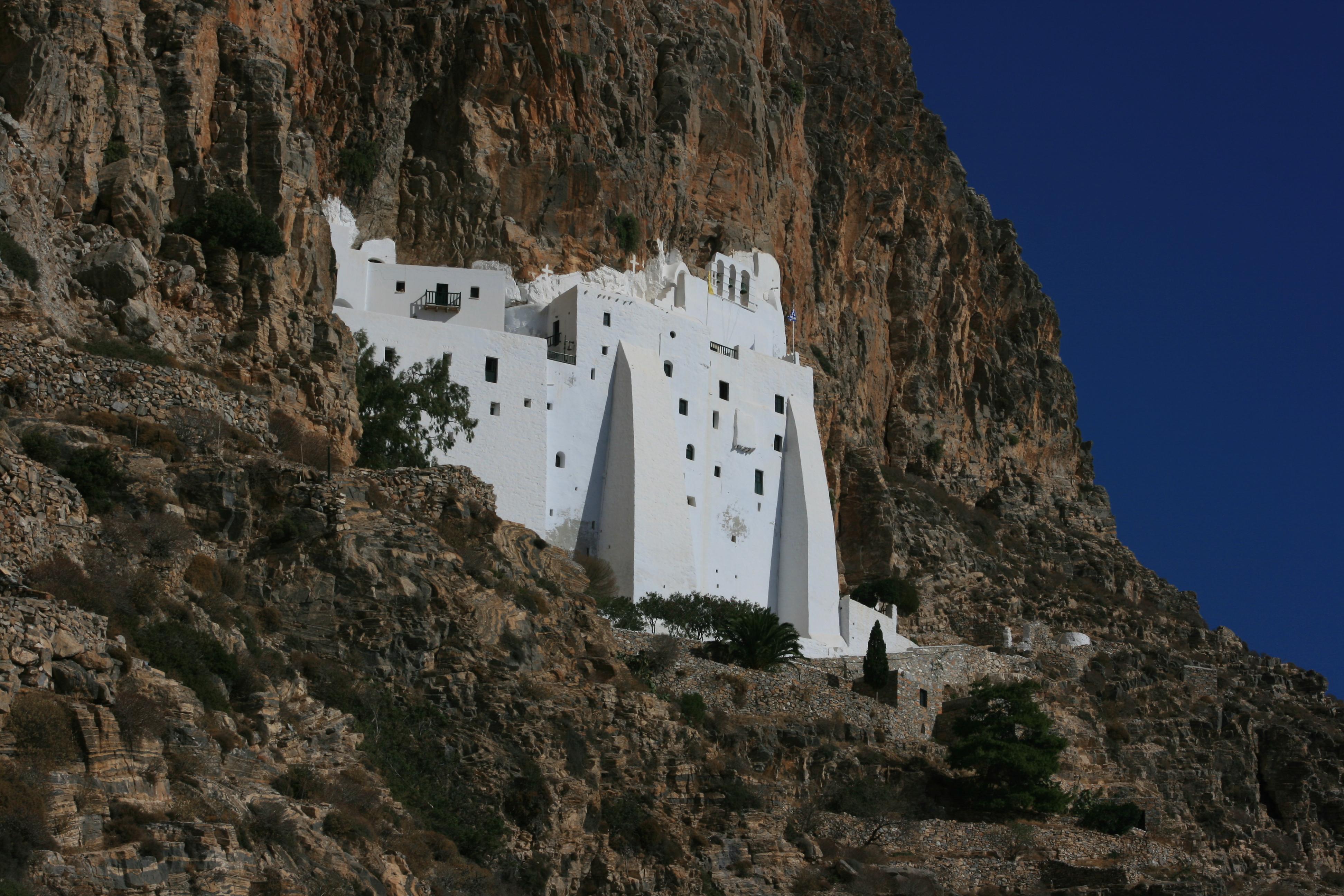 amorgos monastère chozoviotissa