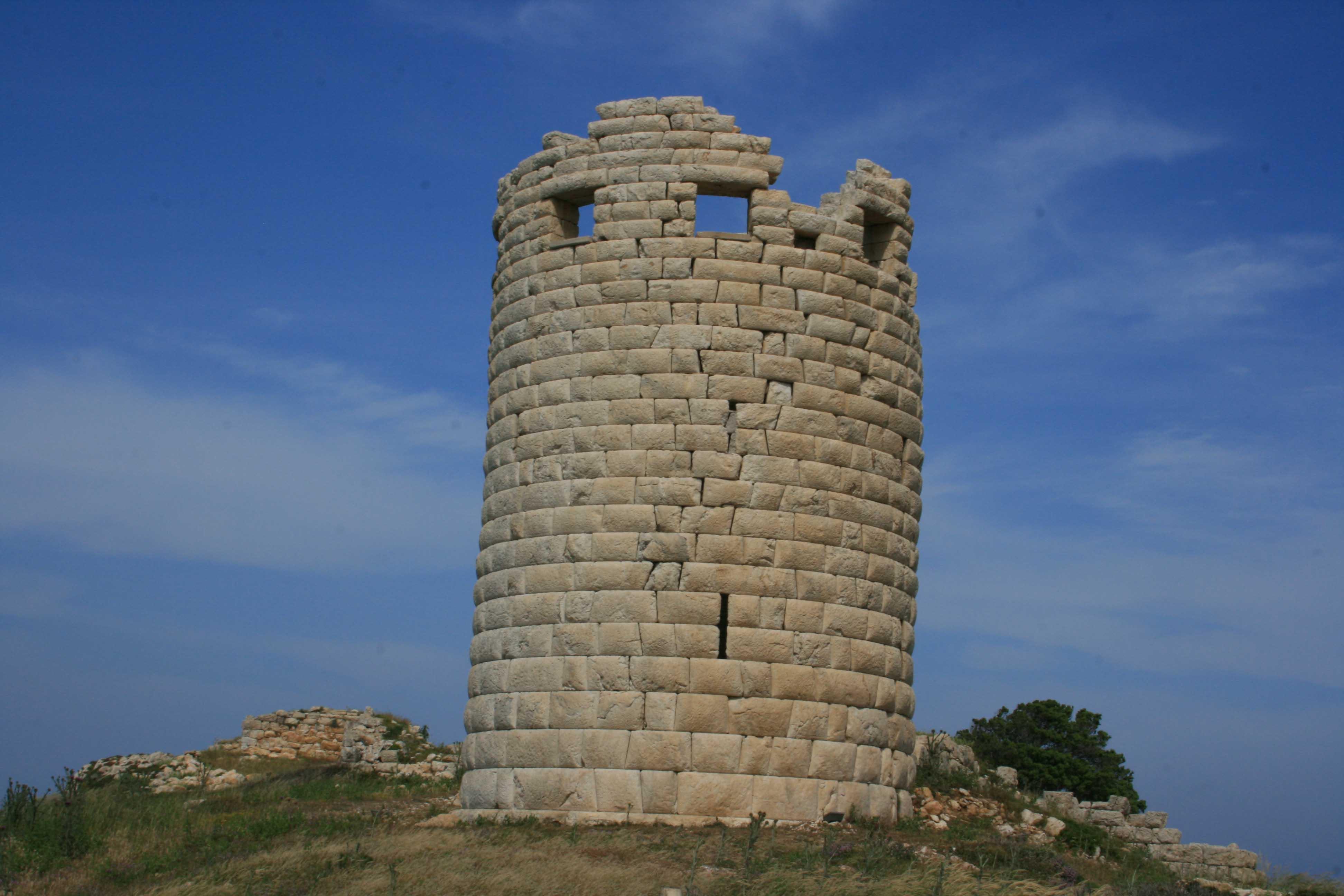 tour de guet hellénistique drakano ikaria grece