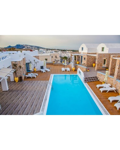 voyage en Grèce nautilus dome Hôtel fira santorin